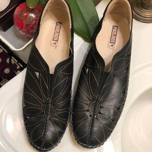 Pikolinos Jerez black leather moccasin Sz 40